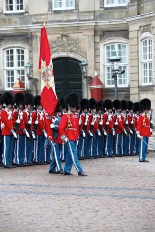 royal-danish-gaurd